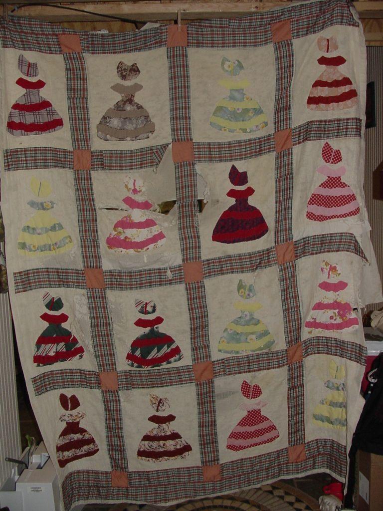 My baby quilt - The original Belles of Tara.
