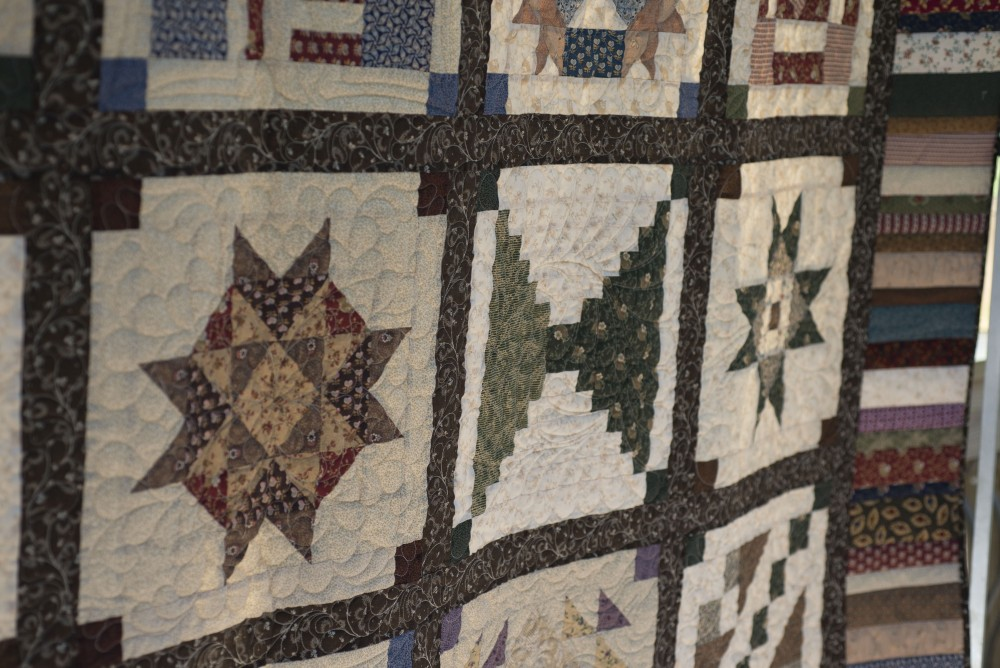 The quilting is different in each block